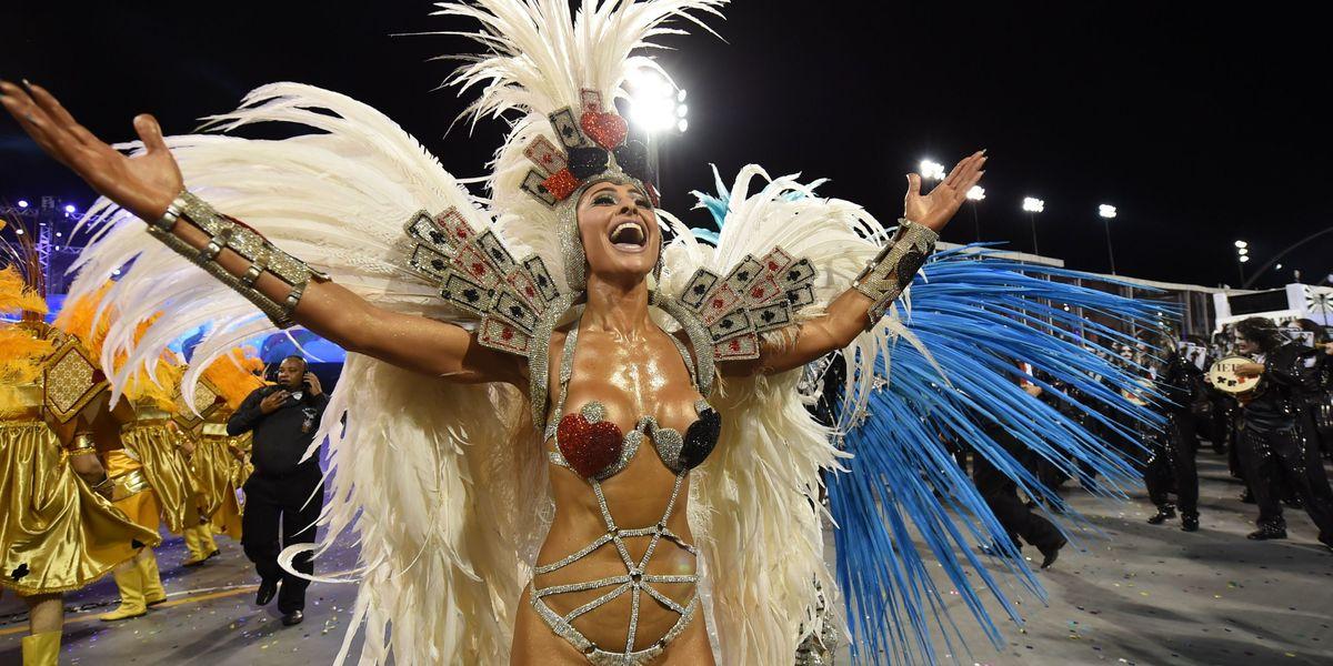Top 10 costumes at Rio de Janeiro Carnival 2016 | Photos