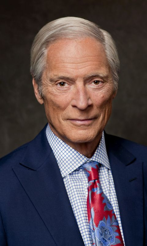 """60 Minutes"" Correspondent Bob Simon, 73, Dies in Car Crash"