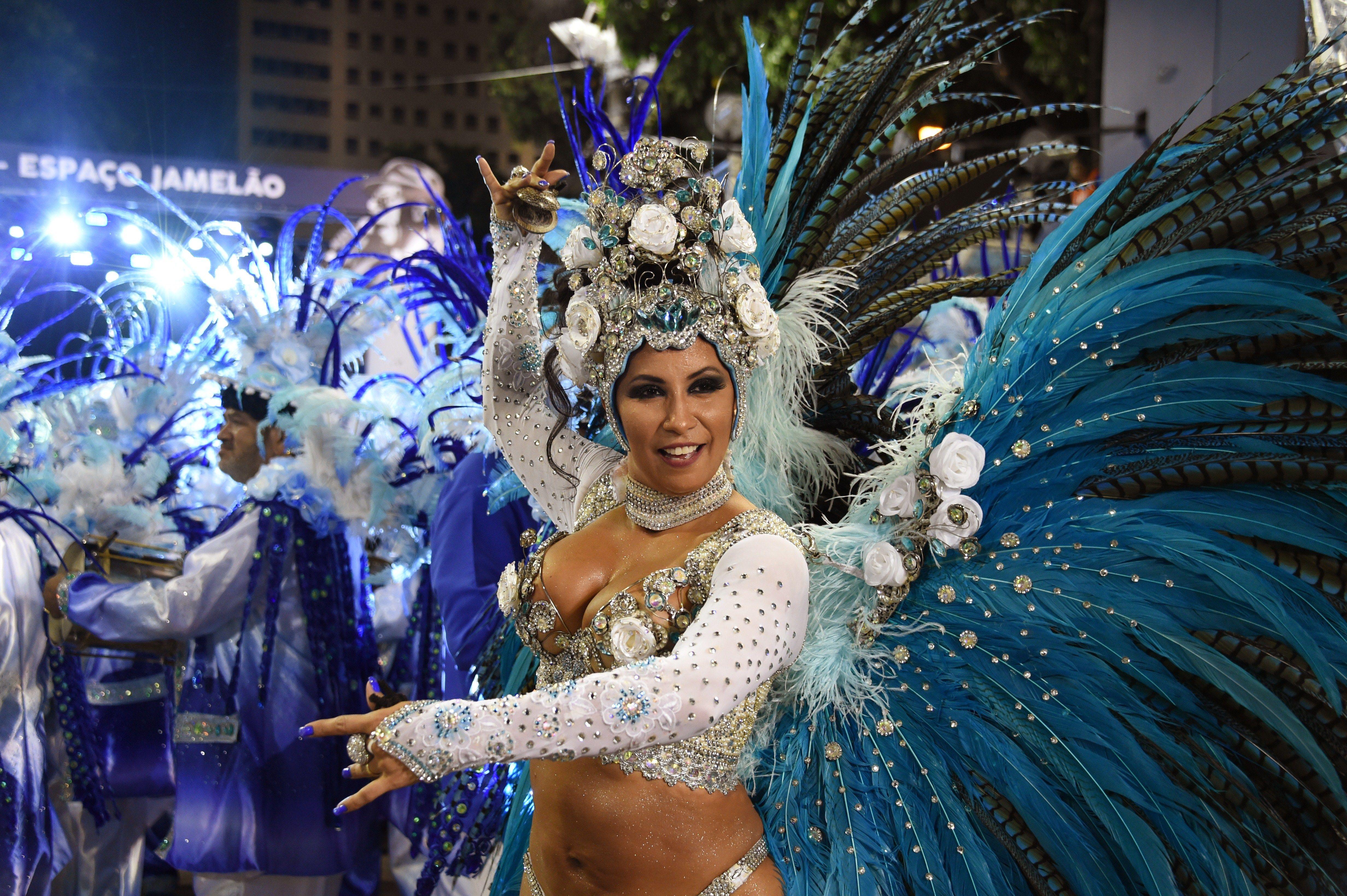 fuck-stories-of-rio-carnival-brazilian-asslicking-fetish