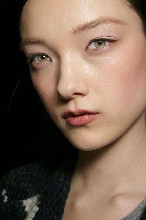 14 Gorgeous Ways To Wear Black Eyeliner