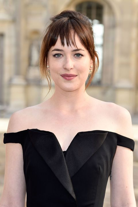 "Dakota Johnson Says ""Fifty Shades"" Domestic Violence Claims Are ""Uneducated"""