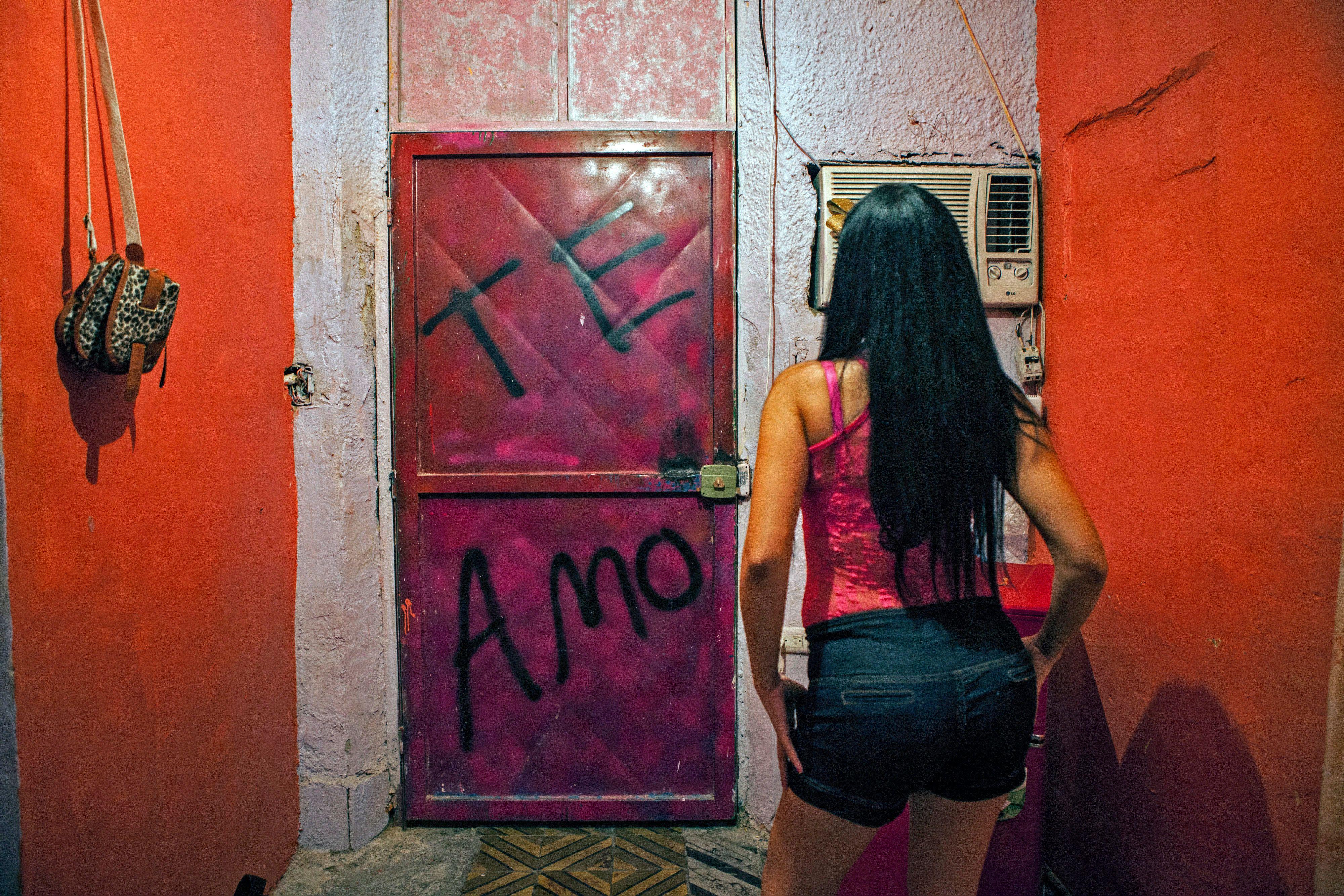 Teen girls Amol
