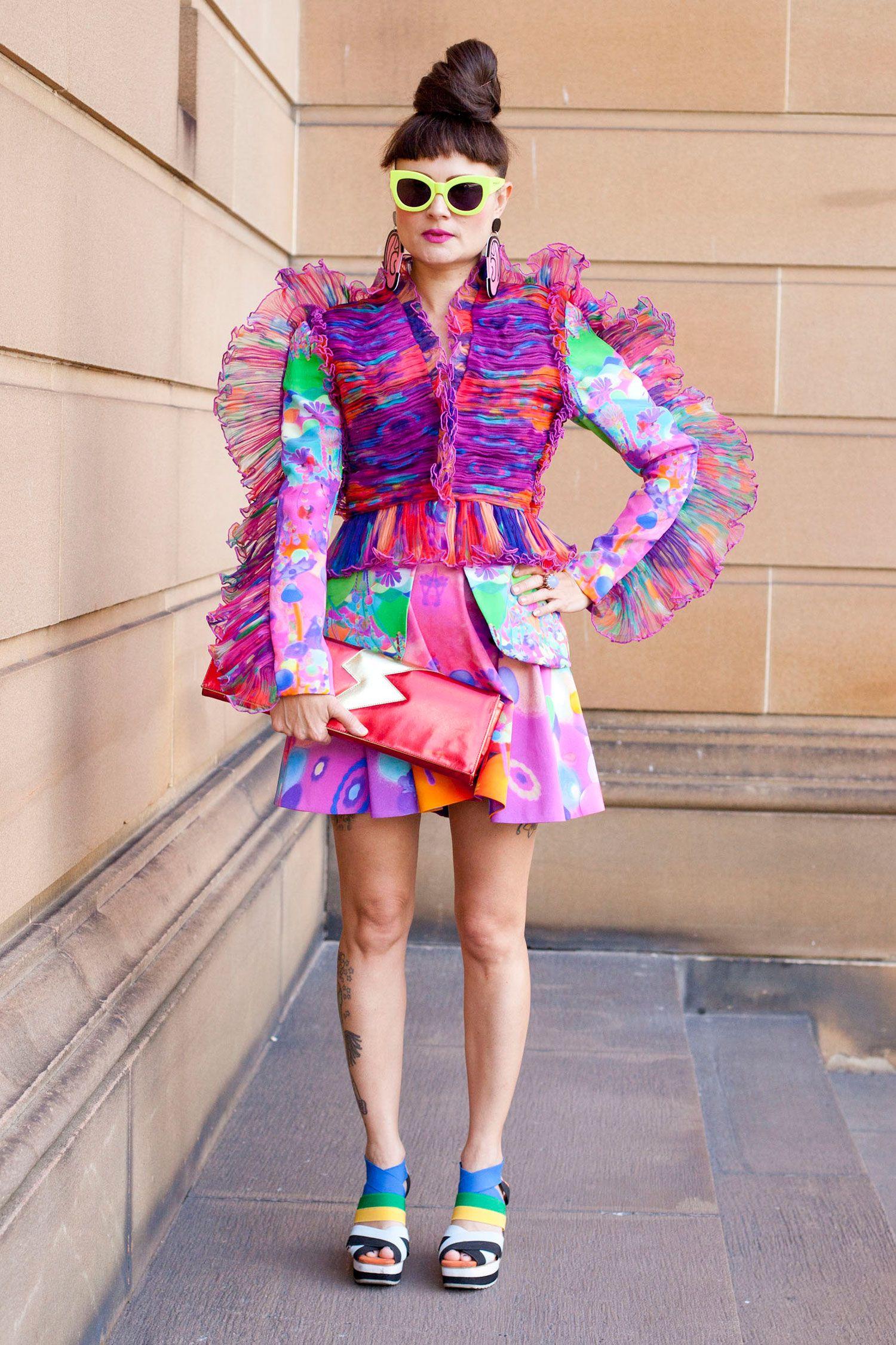 https://www.cosmopolitan.com/style-beauty/fashion/news/g413/party ...