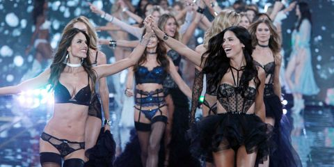 Victoria's Secret Just Granted 10 New Models Angel Wings