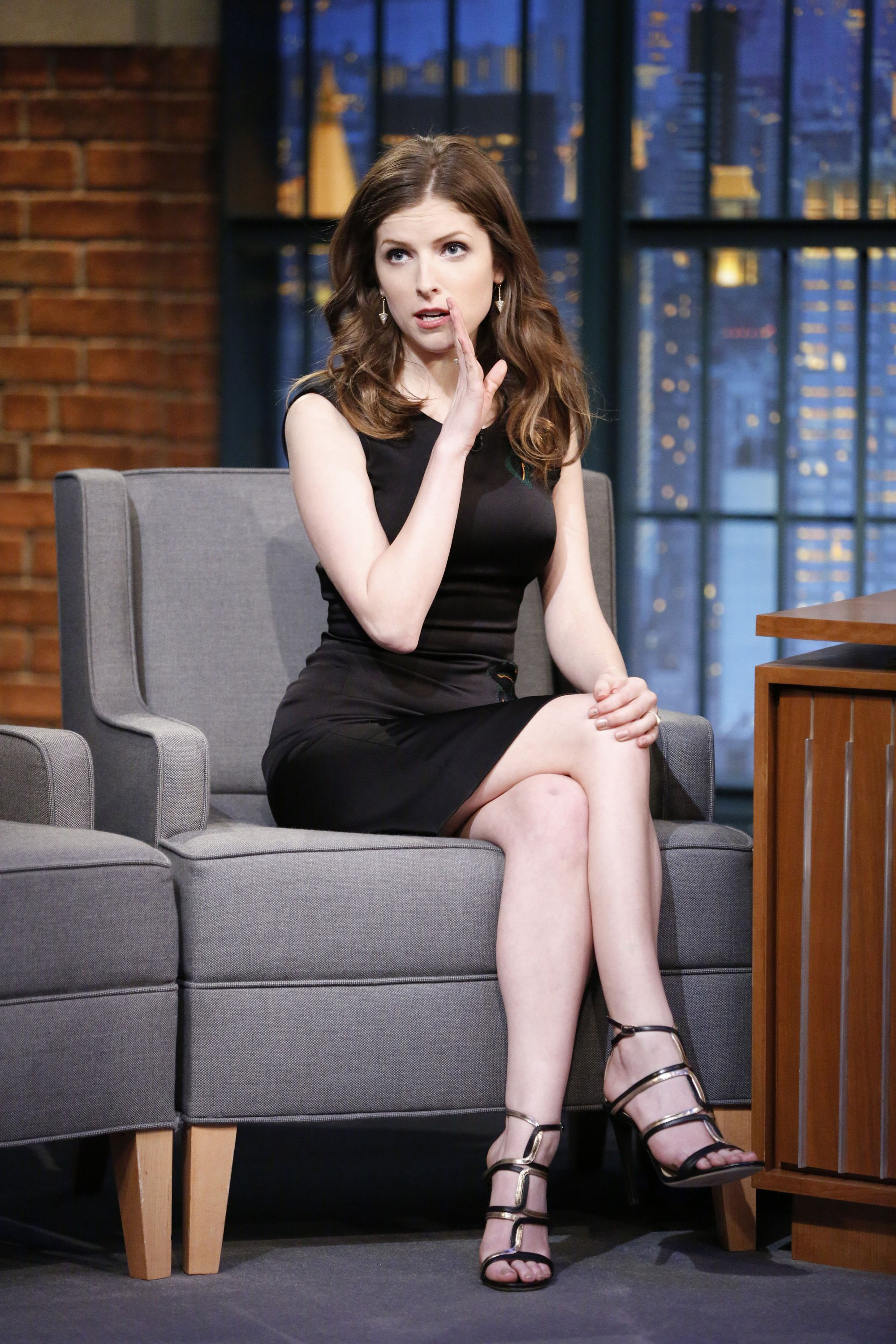 Anna Kendrick Porno Video Filtrado anna kendrick is just not that into the royal baby