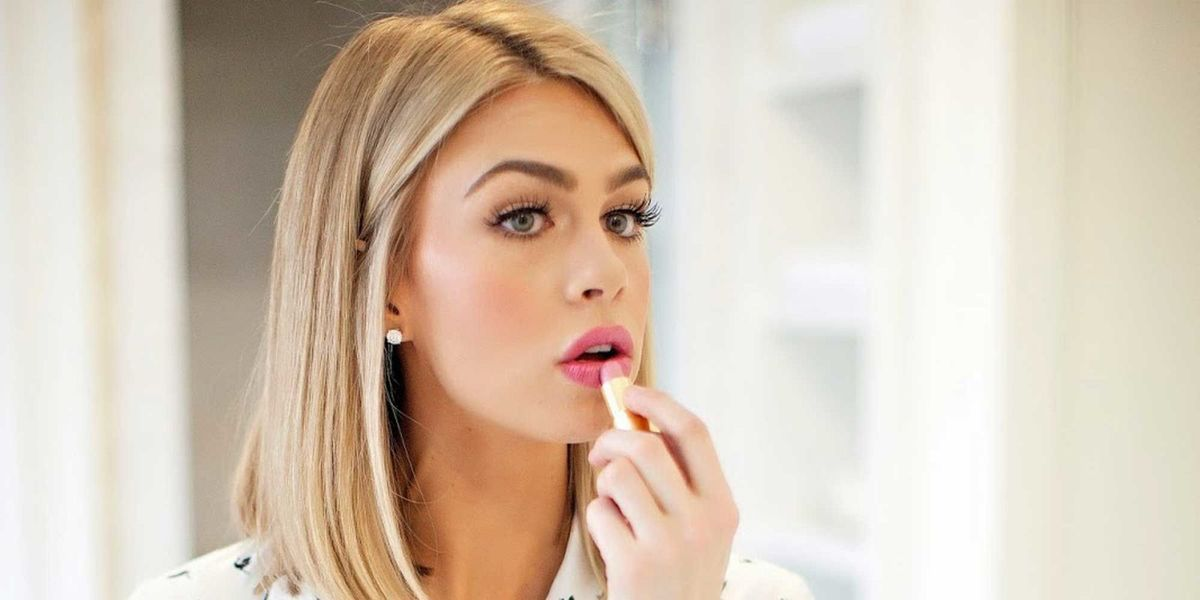 Applying Your Own Wedding Makeup : 19 Genius Tips for Brides Who Want to Do Their Own Wedding ...