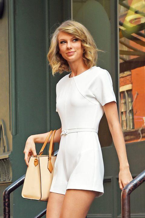Sleeve, Shoulder, Joint, Dress, Style, Bag, Beauty, Waist, Shoulder bag, Fashion,