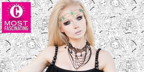 Lip, Hairstyle, Skin, Eyebrow, Eyelash, Pink, Style, Beauty, Fashion model, Eye shadow,