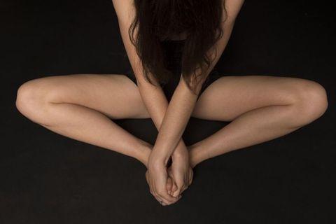 Skin, Human leg, Joint, Wrist, Darkness, Back, Calf, Flesh, Ankle, Foot,