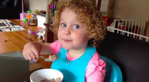 Child, Cuisine, Kitchen utensil, Ringlet, Toddler, Spoon, Meal, Blond, Brown hair, Jheri curl,