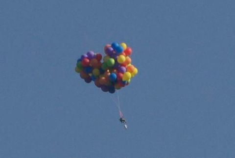 Colorfulness, Balloon, Azure, Aqua, Magenta, Violet, Wind, Creative arts, Cluster ballooning,