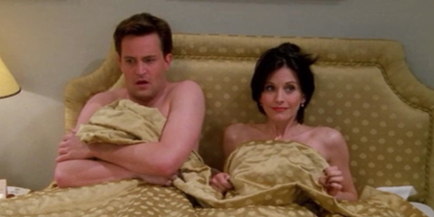 12 Embarrassing Moments That Every Couple Endures