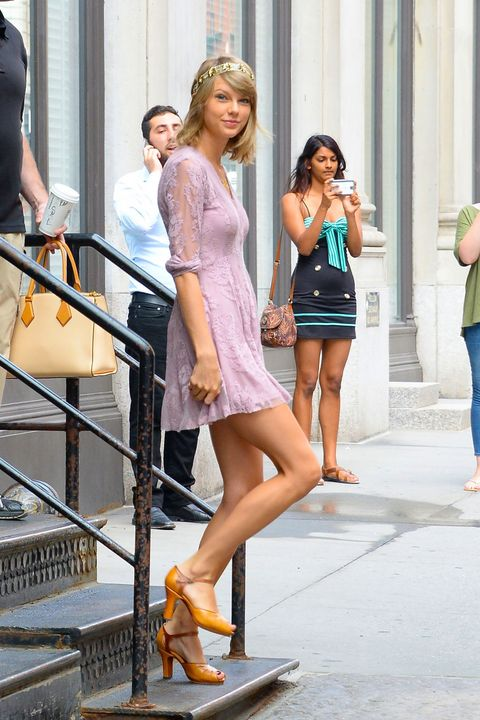 Taylor Swifts Most Beautiful Looks-5025