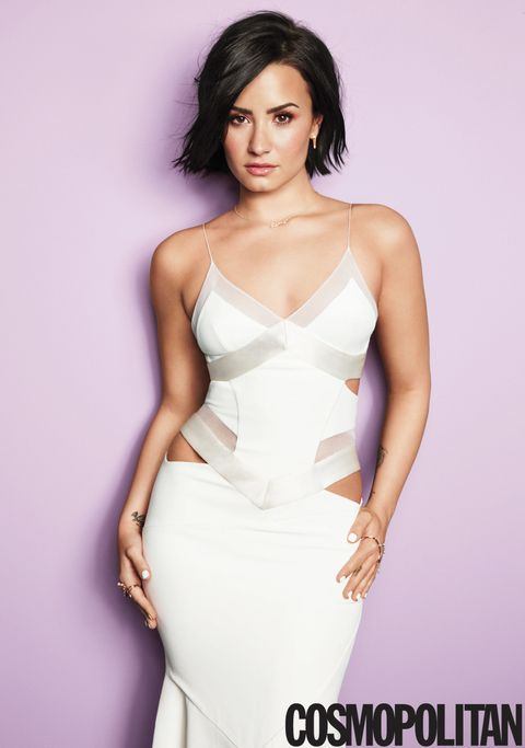 Clothing, Arm, Finger, Hairstyle, Skin, Shoulder, Dress, Joint, White, Waist,