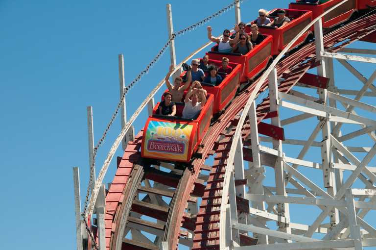 Teenage Lesbian Couple Violently Attacked for Kissing at Six Flags