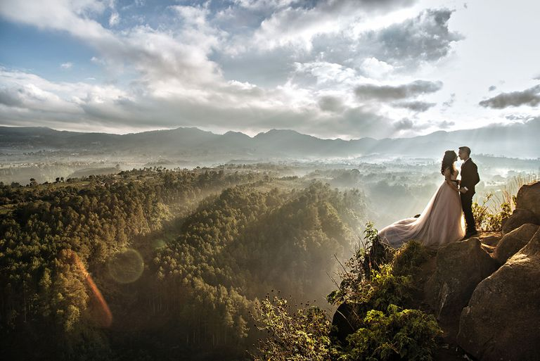 These 20 Stunning Destination Wedding Photos Will Give You Serious Wanderlust