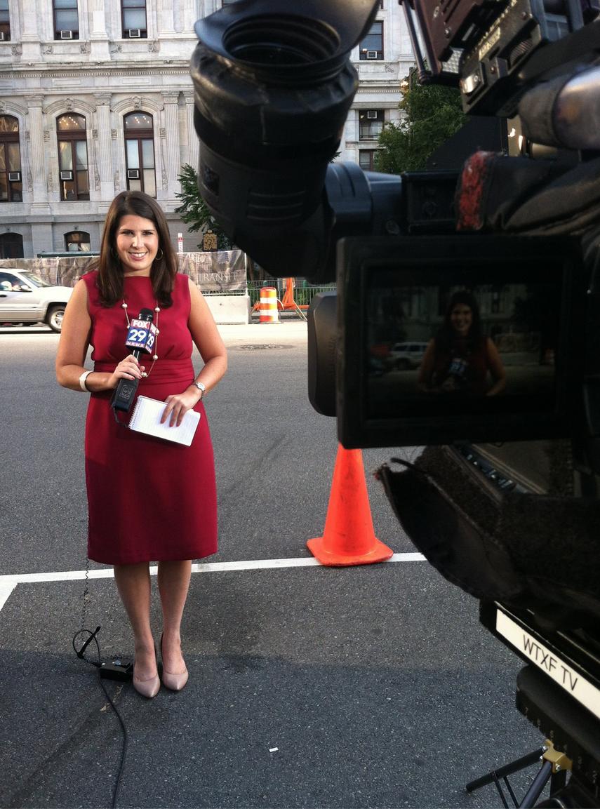 News reporter has sex with cameraman