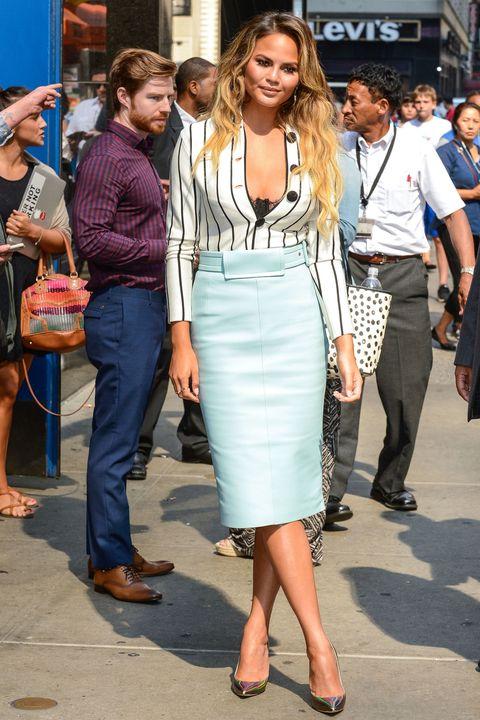Clothing, Footwear, Leg, Trousers, Shoulder, Outerwear, Style, Bag, Street fashion, Fashion accessory,