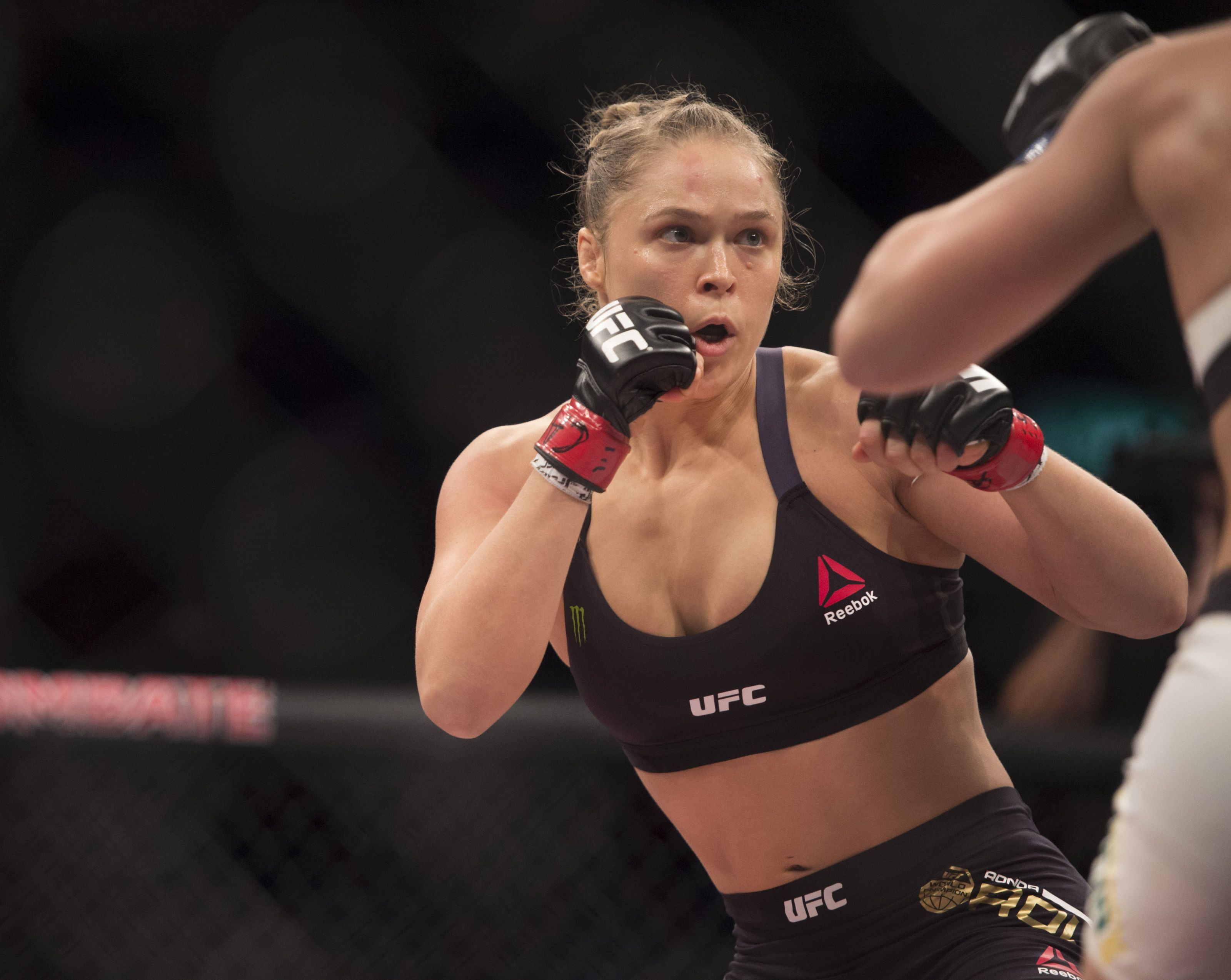 16 Things I Wish I Knew Before Becoming the Best Female UFC Fighter in the World