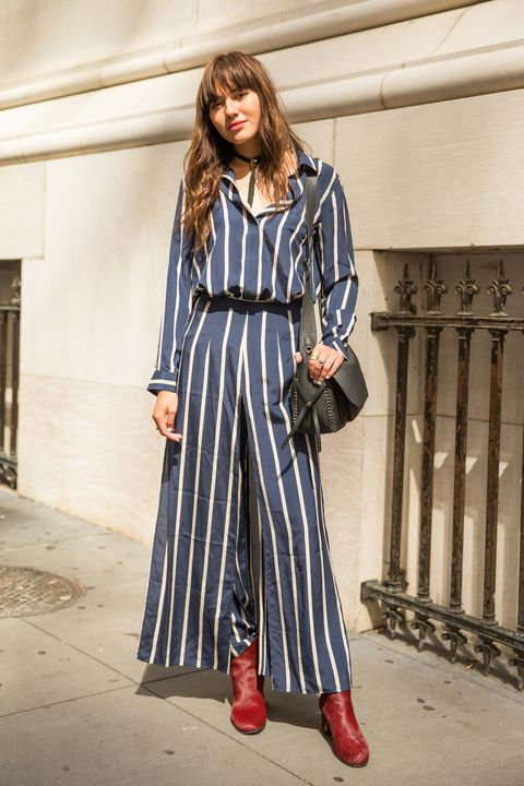 Clothing, Sleeve, Textile, Style, Street fashion, Pattern, Fashion model, Fashion, Dress, Bag,
