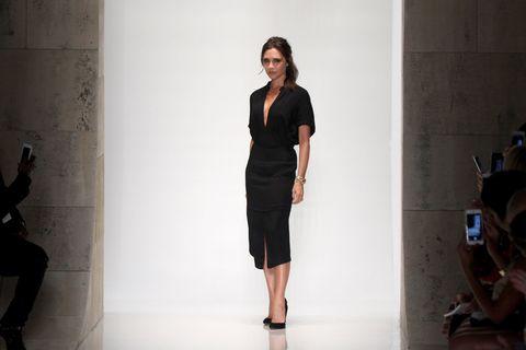 Leg, Product, Sleeve, Shoulder, Human leg, Joint, Standing, Style, Waist, Fashion model,