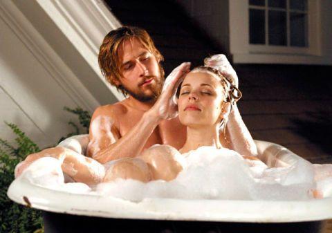 Ryan Gosling and Rachel McAdams in the bath - The Notebook