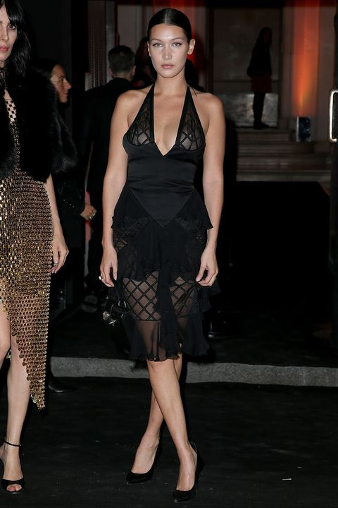 Clothing, Footwear, Leg, Human body, Shoulder, Human leg, Joint, Style, Black hair, Dress,