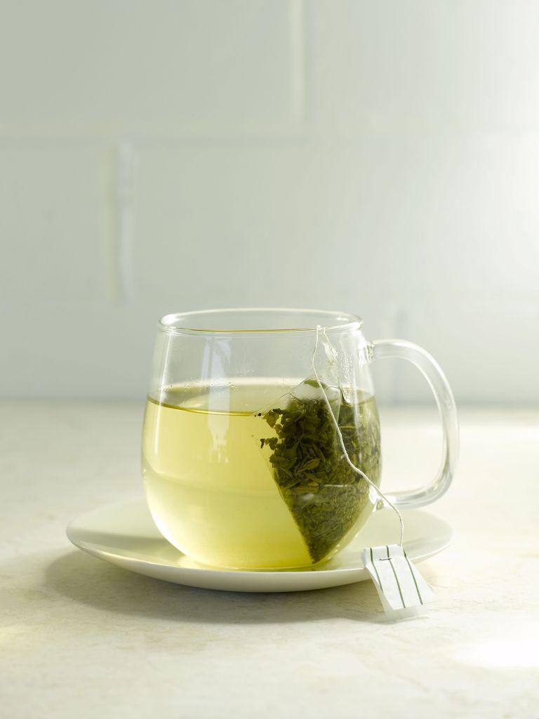 16-Year-Old Girl Develops Severe Case of Hepatitis From Drinking Green Tea