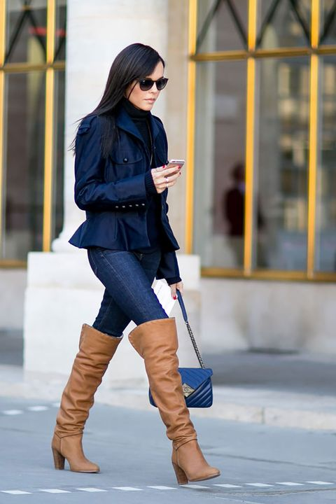 Clothing, Sleeve, Human leg, Shoe, Boot, Sunglasses, Textile, Joint, Outerwear, Riding boot,