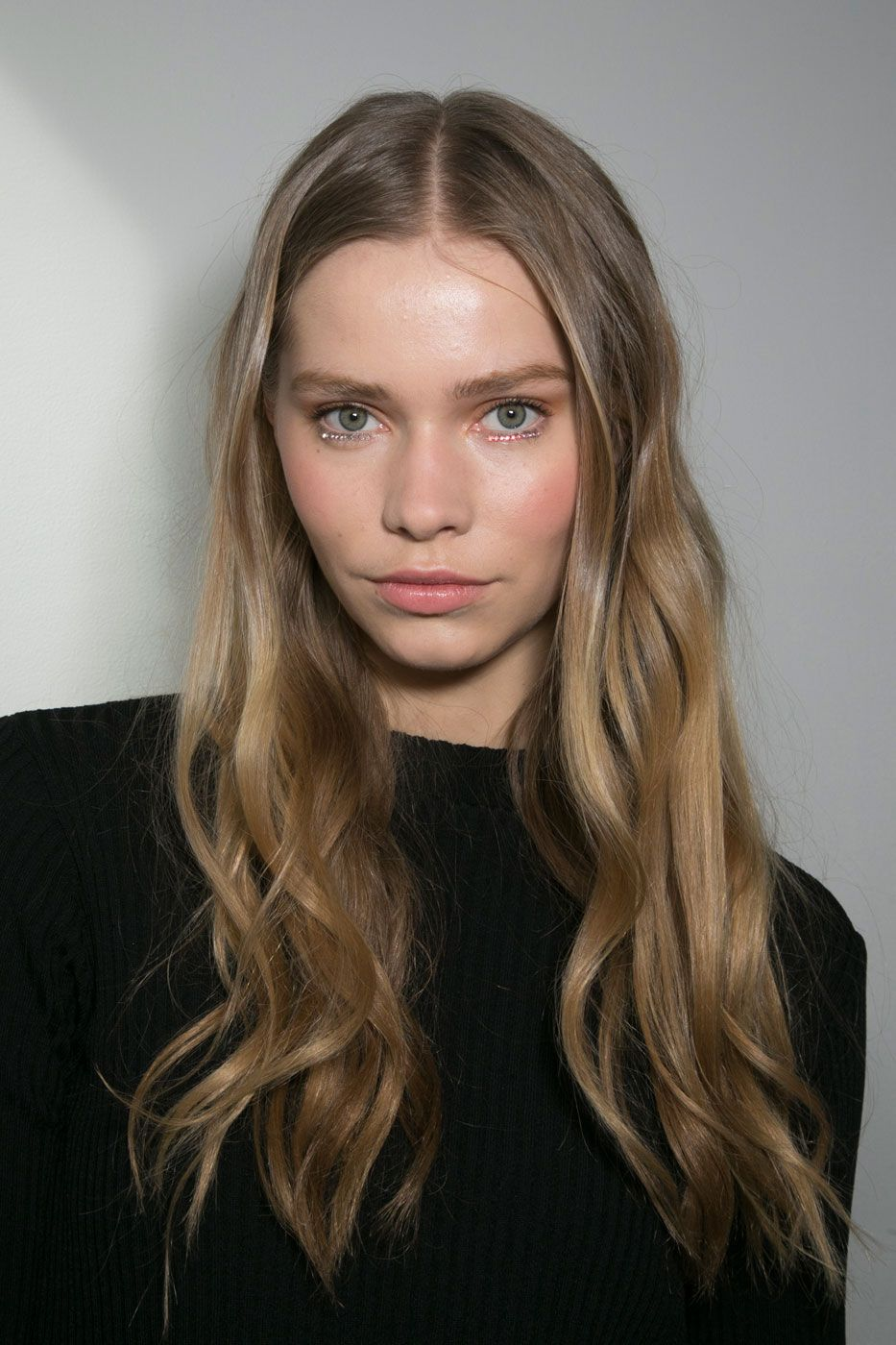 <p>If bedhead and beachy waves had a baby, this look from Rodarte fall '15 would be it. The slept-in, sexy vibe is as effortless to create as it looks.  </p>