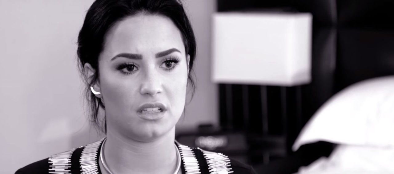 gallery 1445367701 demi lovato father tribute?resize=768 * demi lovato is not amused by that poot lovato meme