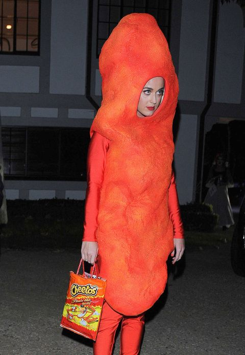 Orange, Plush, Fur, Mascot, Peach, Costume, Coquelicot, Stuffed toy, Humour, Flesh,
