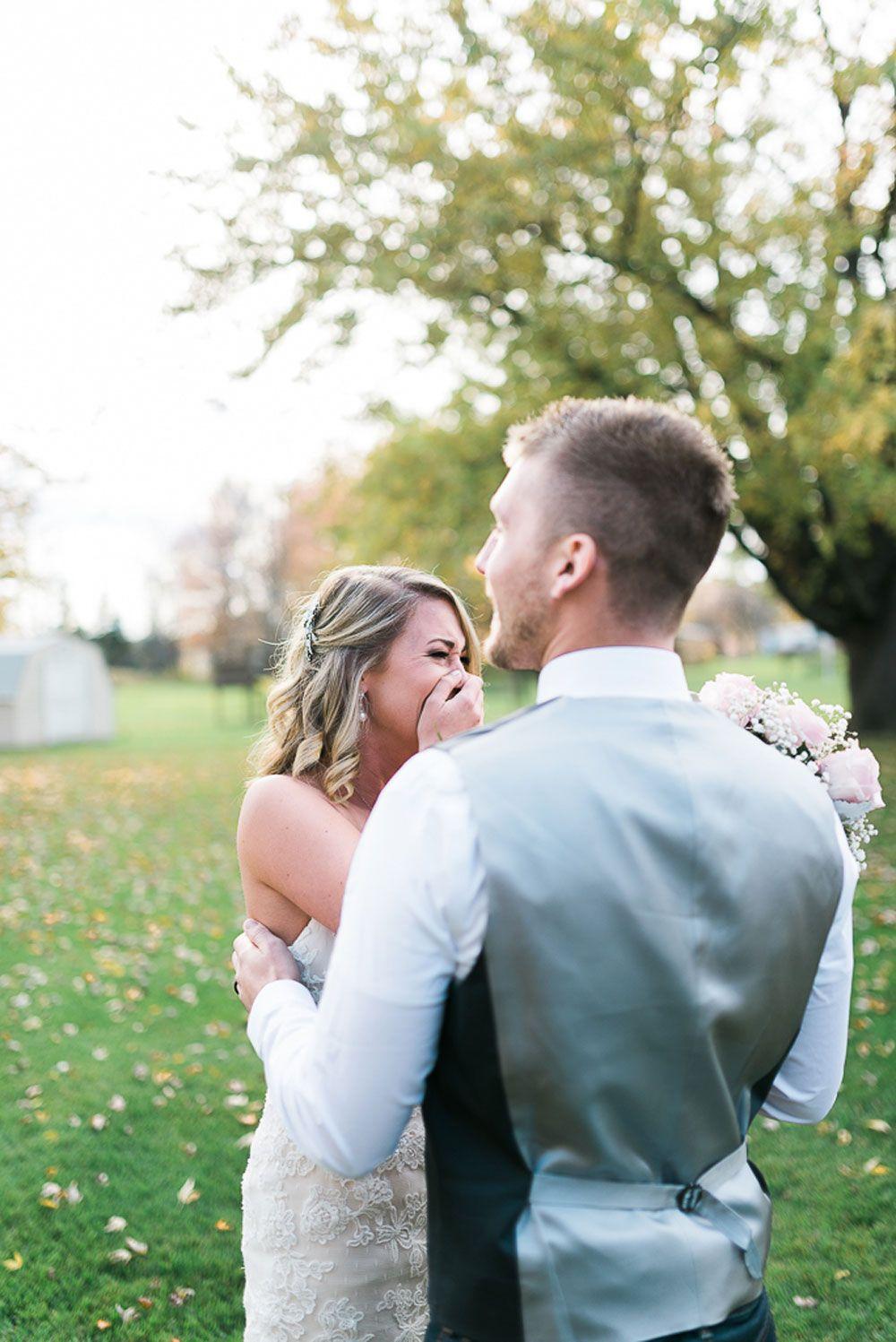 Genius Wedding Photographer Calls Client Ugliest Bride Ever on Facebook