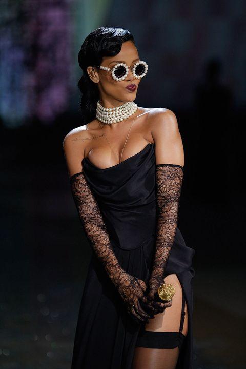 d504b06f26b Rihanna Cancels Victoria s Secret Fashion Show Performance - Ellie ...