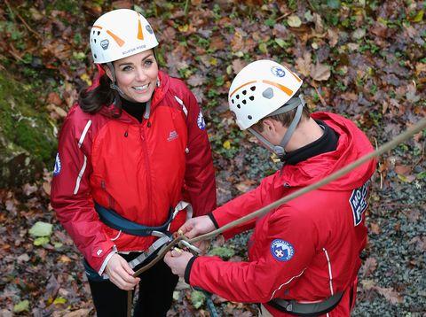 Face, Helmet, Personal protective equipment, Jacket, Recreation, Outerwear, Glove, Outdoor recreation, Sports gear, Adventure,