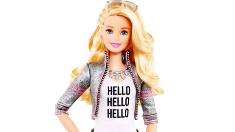 Hello Barbie Voiceover Actress Erica Lindbeck Interview Meet The Voice Of The New Hello Barbie