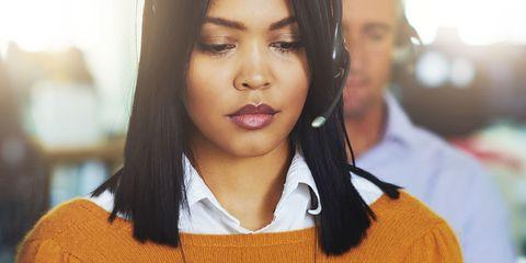 Lip, Hairstyle, Eyebrow, Textile, Eyelash, Earrings, Black hair, Collar, Jaw, Sweater,