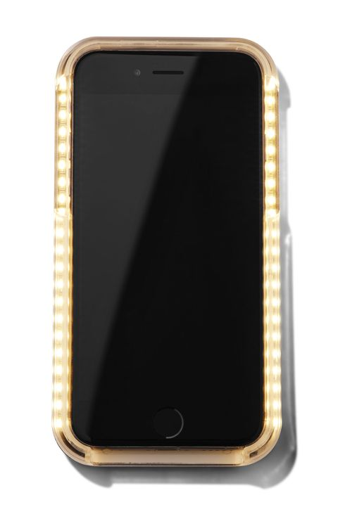 "<p><em>LuMee, $49.95, <a href=""http://www.amazon.com/Lumee-Holder-iPhone-Rose-Gold/dp/B012BBTAYC/ref=sr_1_9?ie=UTF8&qid=1446827867&sr=8-9&keywords=lumee+iphone+6+plus"">Amazon</a></em></p>"