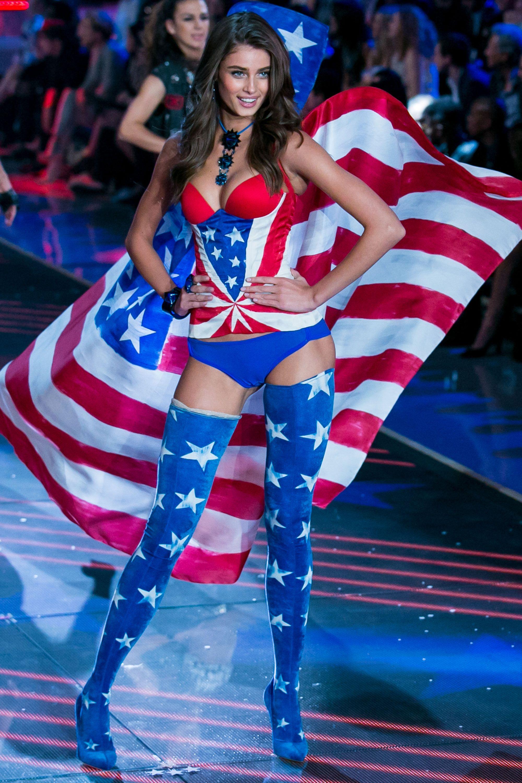 Victoria's Secret Angel Taylor Hill: I Didn't Exist in High School