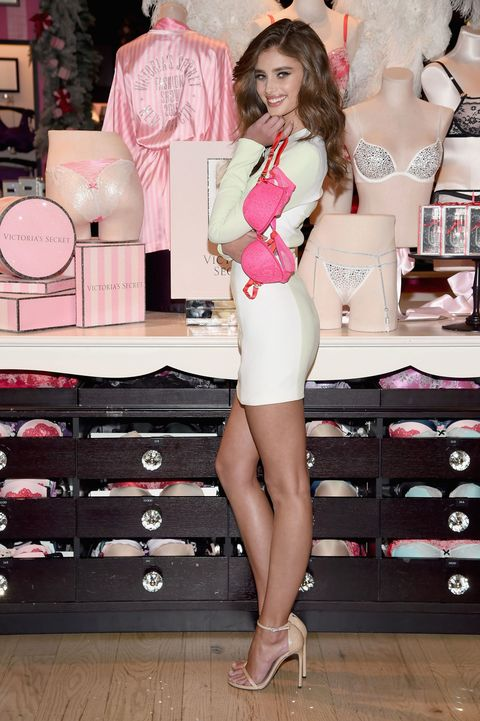 Victoria's Secret Angel Taylor Hill: I Didn't Exist in ...