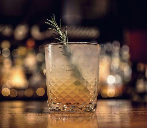 Liquid, Drinkware, Drink, Glass, Alcoholic beverage, Cocktail, Fluid, Classic cocktail, Distilled beverage, Tableware,