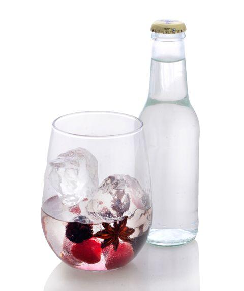Fluid, Liquid, Glass, Drinkware, Bottle, Barware, Glass bottle, Transparent material, Still life photography, Stemware,