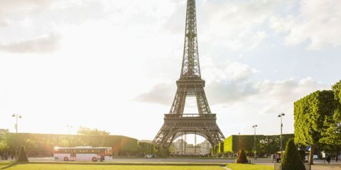 Grass, Tower, Infrastructure, Architecture, Tourism, Urban area, Public space, Summer, Landmark, Plain,