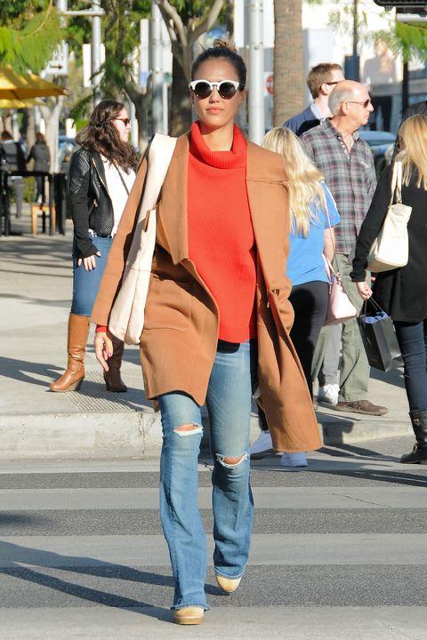 Clothing, Eyewear, Footwear, Vision care, Leg, Glasses, Trousers, Denim, Jeans, Textile,