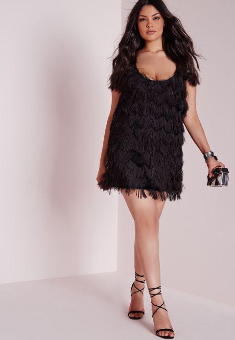 Leg, Brown, Skin, Human leg, Shoulder, Dress, Joint, One-piece garment, Style, Waist,