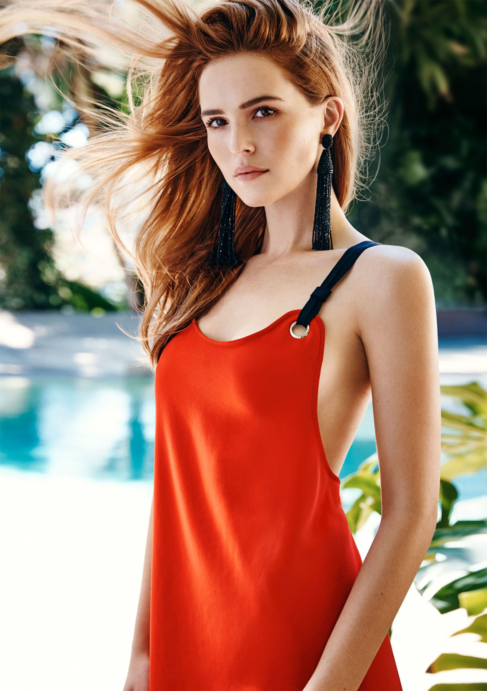 How Zoey Deutch Deals With Social Media, Fame, and Kissing Zac Efron