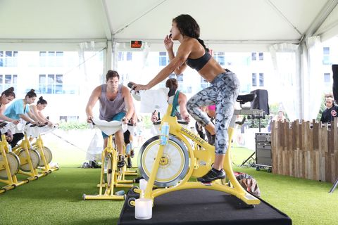 Stationary bicycle, Human leg, Exercise machine, Exercise, Physical fitness, Exercise equipment, Room, Sports, Knee, Wrist,