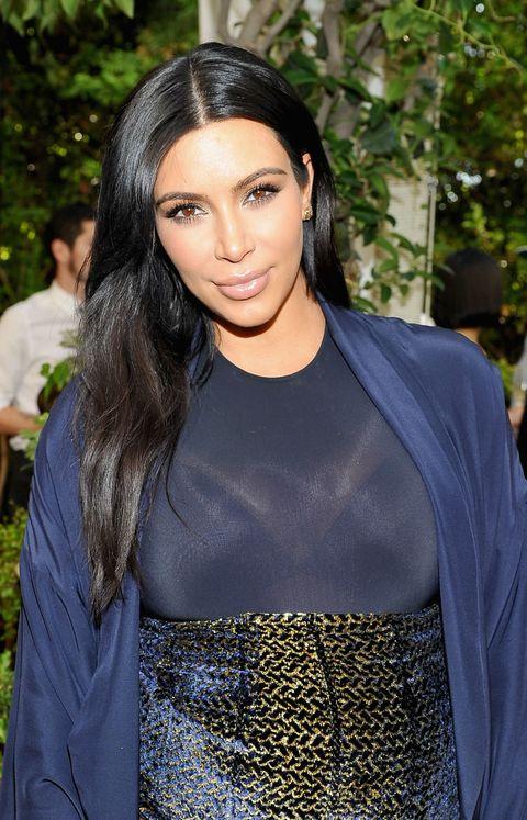How To Get Kim Kardashian S Messy Waves Kim Kardashian S Wavy