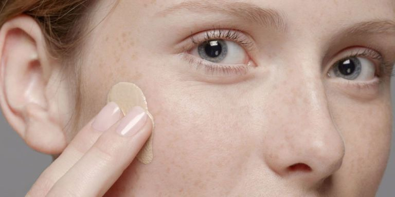 I Stole This Concealer Secret From a Makeup Artist and I'm Never Going Back