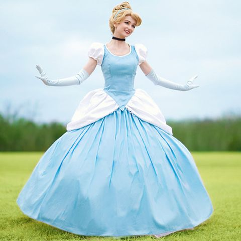 This 25-Year-Old Woman Paid $14,000 to Look Like Disney ...